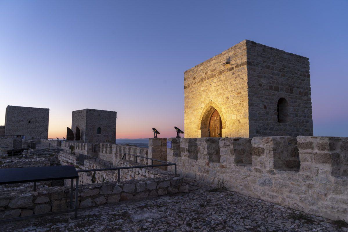 Puesta de sol sobre las torres del castillo Santa Catalina de Jaén /// Sunset over the towers of Castle of Jaen